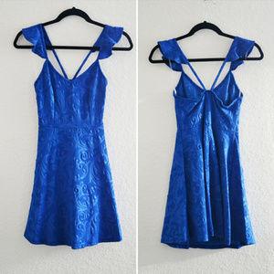 Dresses & Skirts - Blue Embossed Floral Dress Size S